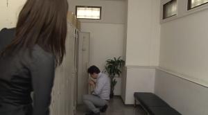 女子更衣室でパンスト泥棒する変態男性社員